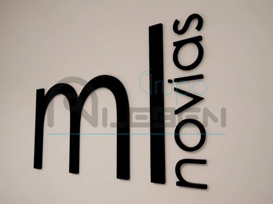 diseo logotipo ml novias de pvc en relieve para pared